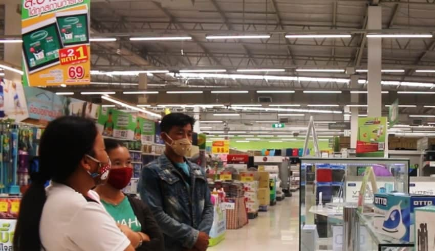 Northern Thailand allows to open store amid Covid19