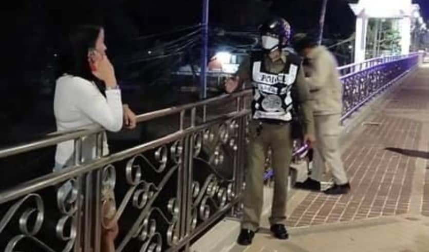 Police in Chiang Mai were successful stopping a woman for committing suicide