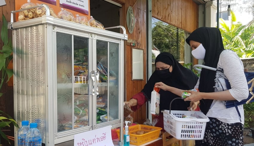 """Community pantries"""" continue to rise in Thailand to donate food"""