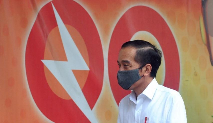 "resident Joko ""Jokowi"" Widodo visits to Bogor Post Office"