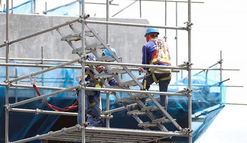 DPWH resumed operations on several projects in Metro Manila