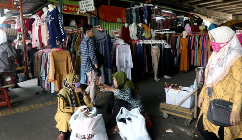 Traders tend their shops on Jl. Jati Baru in Tanah Abang