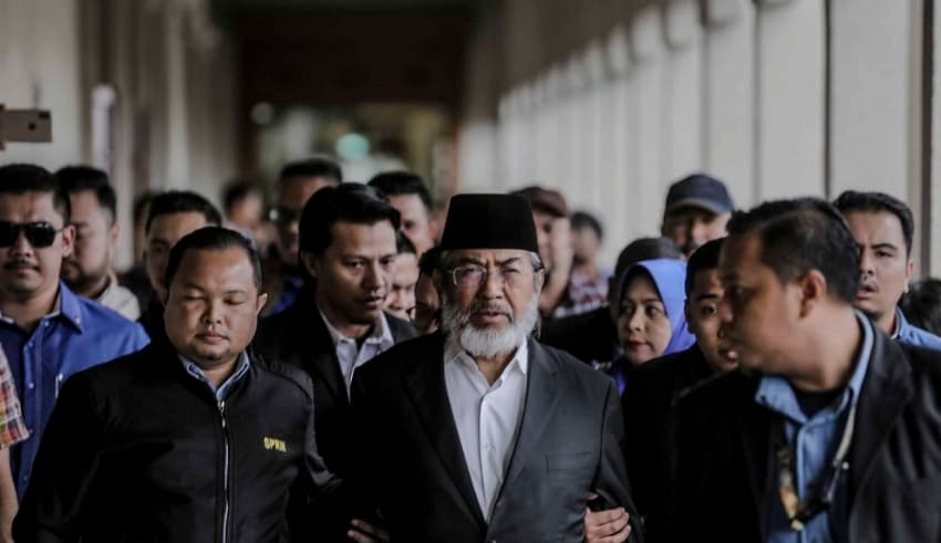 AG Tan Sri Idrus Harun decided to withdraw the charges against Tan Sri Musa Aman