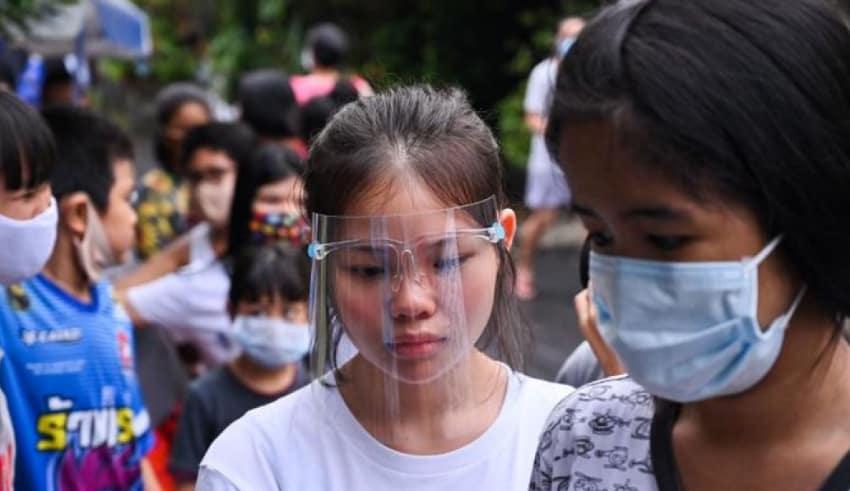 Thailand people were wearing masks