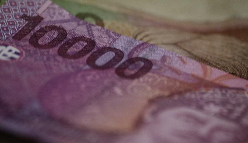 Money prints,