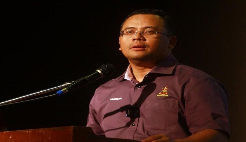 Mentri Besar Datuk Seri Amirudin Shari